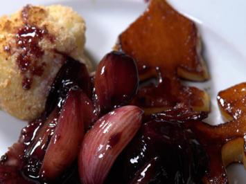 Rinderfilet auf Rotwein-Schalotten-Butter mit Pik-Kartoffeln und geröstetem Blumenkohl - Rezept - Bild Nr. 2
