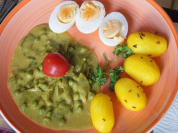 Gekochte Eier mit Currysauce, Zuckerschoten, Erbsen und Drillingen - Rezept - Bild Nr. 2