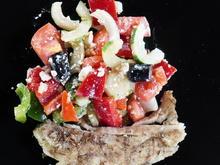 Gegrilltes Doradenfilet mit italienischen Bauernsalat - Rezept - Bild Nr. 14242