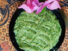 Thailändische Grüne Currypaste -Krüang Gänng Kiau Wan - Rezept - Bild Nr. 14242