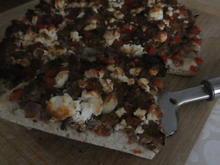 Hackfleisch-Pizza mit Paprika und Tomaten - Rezept - Bild Nr. 14307