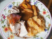 Spanferkelschulter mit Sauce, pikanten Sauerkraut und Kartoffel WEDGES - Rezept - Bild Nr. 14352