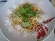 Spaghetti mit Basilikum-Pesto - Rezept - Bild Nr. 2