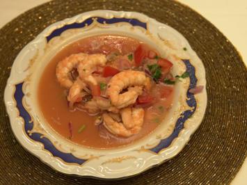 Kalte Shrimps-Suppe mit gebratenem Mais und frittierten Kochbananen - Rezept - Bild Nr. 14394