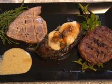 Gewickeltes Rinderfilet mit fermentiertem Pfeffer auf Myrtenzweigen ruhend - Rezept - Bild Nr. 14460