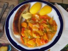 Bratwurst mit rotem Currygemüse und Drillingen - Rezept - Bild Nr. 2