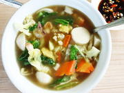 Fischbällchensuppe mit Gemüse -- Bakso Ikan dan Sayuran - Rezept - Bild Nr. 14520