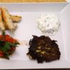 Sigara Börek und Tomatenconfit neben Zucchini-Reibeküchlein - Rezept - Bild Nr. 14677