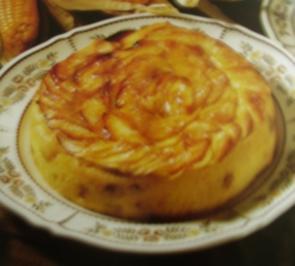 Maiskuchen mit Äpfeln und Rosinen - Rezept