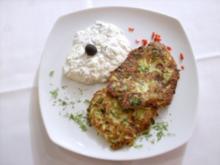 Zucchinipuffer mit Kräuterjoghurt - Kabak mücveri ve Haydar - Rezept