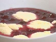 Kirschsuppe mit Froschaugen und Quarkknödel - Rezept - Bild Nr. 9
