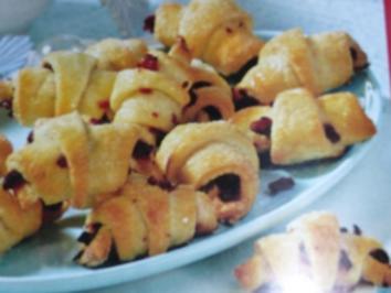 Rezept: Cranberry-Frischkaese-Hoernchen