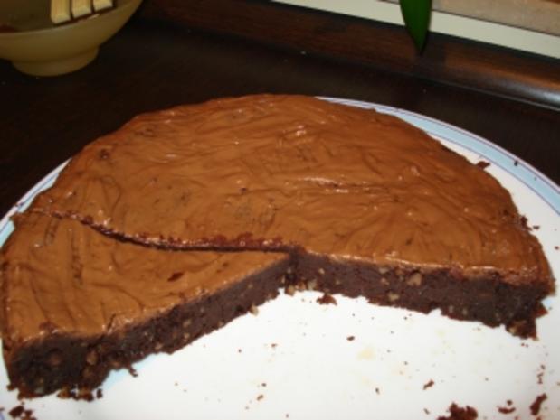 Saftiger Schokoladenkuchen mit Chili und ganz ohne Mehl - Rezept