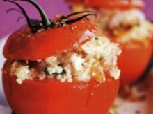 Couscous - Salat in der Tomate - Rezept