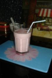Erdbeer-Kokos-Milchshake - Rezept