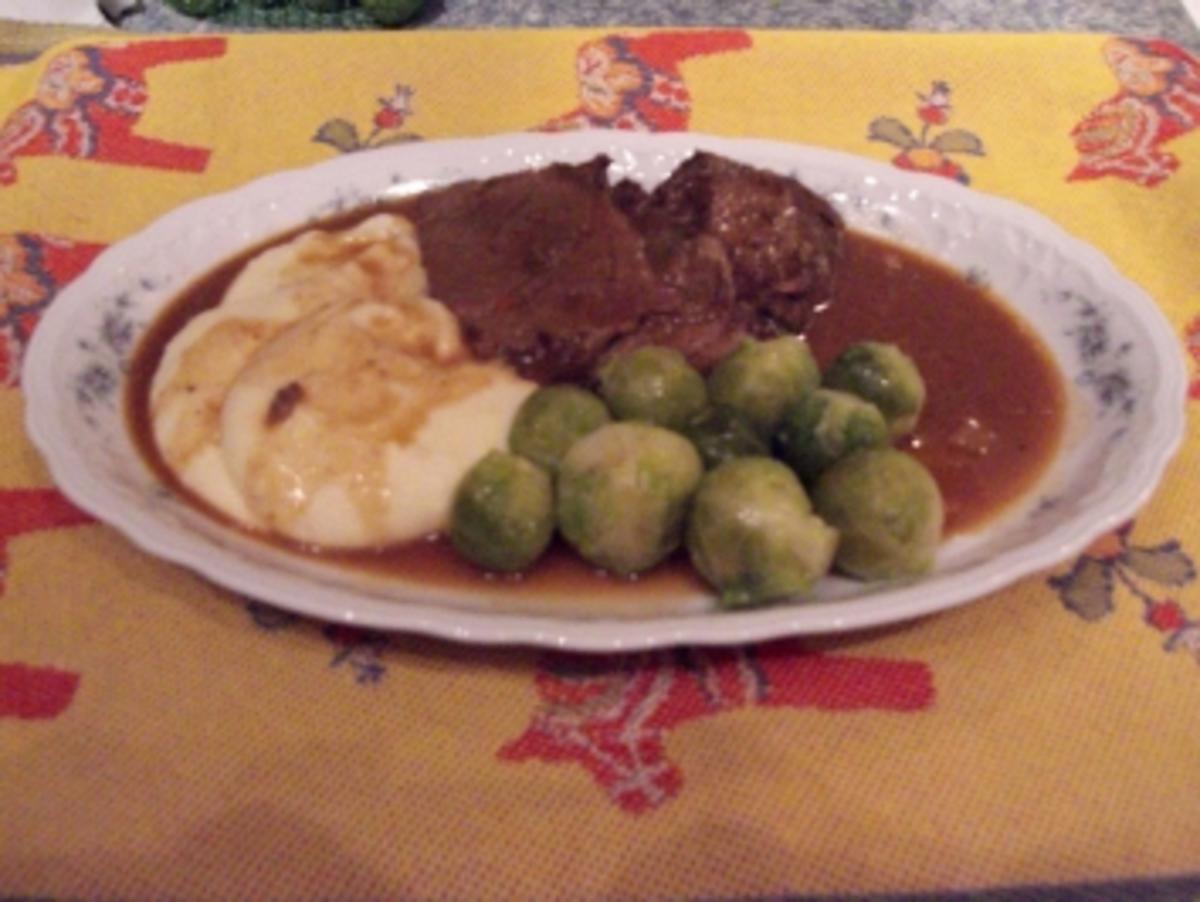 Rindfleisch Tajine mit Mandeln und Backpflaumen   Rezept   kochbar.de
