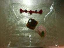 Schokoladenmaultaschen in Mohnbutter und Rotweineis - Rezept