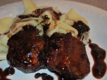 Wildschweinmedaillions an Waldfrucht-Balsamico-Sauce - Rezept