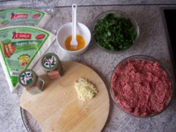 Teigrollen mir Rinder und Lammfleisch - Börek - Rezept