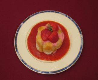 Erdbeercharlotte - Charlotte aux fraises - Rezept