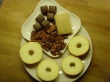 Bratapfel mit Dominosteine... - Rezept