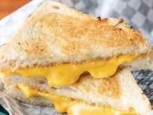 American Grilled Cheese Sandwich - Rezept - Bild Nr. 2