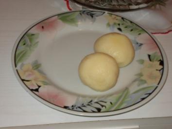 Kartoffelklöße, von gekochten Kartoffeln, - Rezept