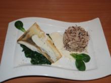 Zanderfilet auf Blattspinat mit Reis - Rezept