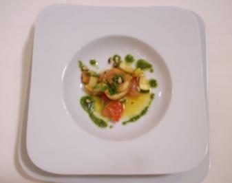 Pilz-Knoblauch-Soufflee an Sauce Hollandaise - Rezept