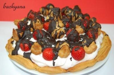 Erdbeere Brandteig Torte - Rezept