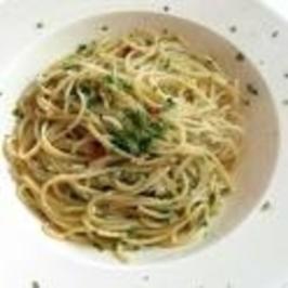 Spaghetti Alio e Olio - Rezept