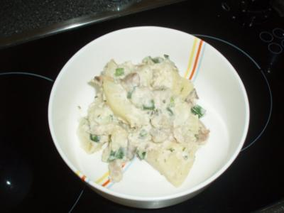 Kartoffelsalat mit Meerrettich und geräucherter Forelle - Rezept