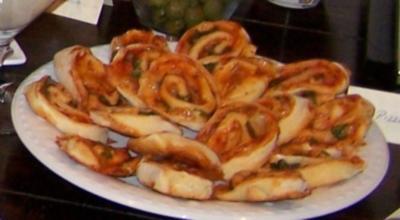 Schnelle Pizza-Schnecken - Rezept