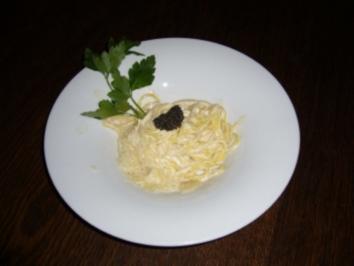Spagetti mit Kaviar an Frischkäserahmsoße - Rezept