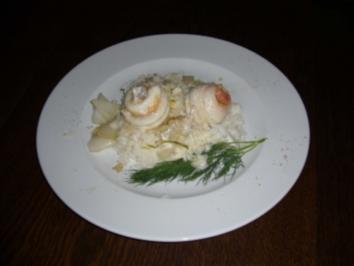Rouladen von der Seezunge und Lachs auf Chinakohl an Limonensoße - Rezept