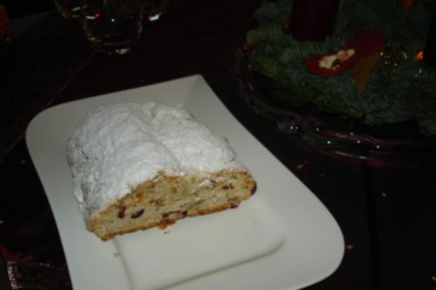 Cranberry-Nuss-Stollen - Rezept