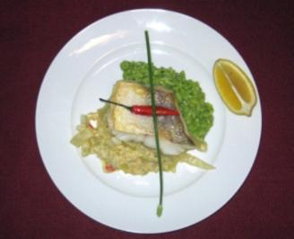 Zanderfilet auf Chili-Fenchel-Gemüse mit Rucola-Risotto - Rezept
