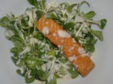 Feldsalat im rheinischem Kartoffeldressing und  Stremellachs - Rezept