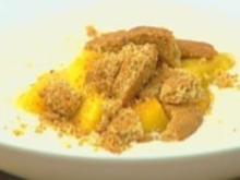 Pochierte Pfirsiche mit Dickmilch-Kaltschale - Rezept