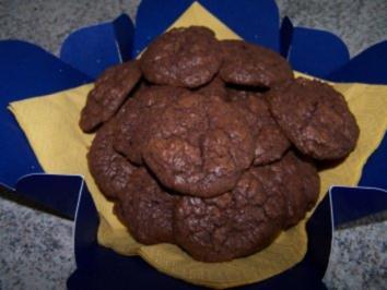 Ovalini al cioccolato - Schoko-Bällchen - Rezept