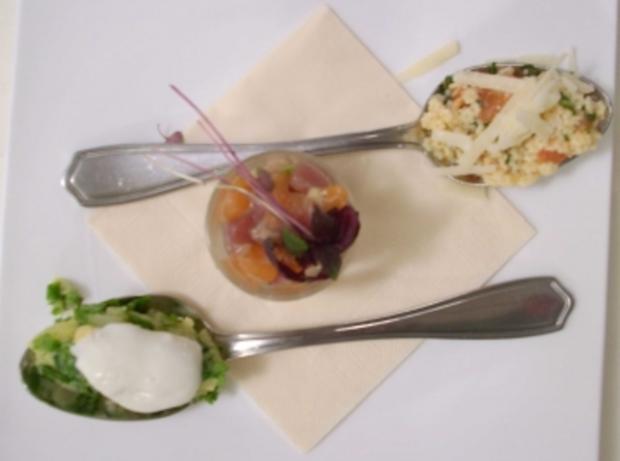 Sugo mit Nudeln, Eier und Kartoffeln mit grüner Soße und Soja-Sashimi - Rezept