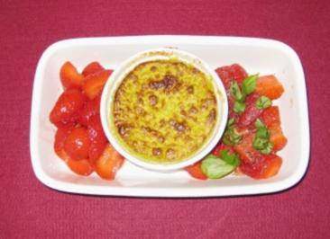 Spargel-Quark-Soufflee mit Erdbeeren - Rezept