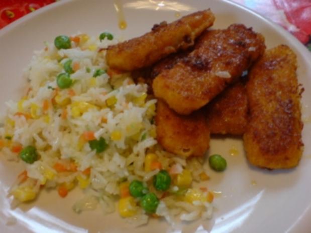 Fischstäbchen mit Gemüsereis - Rezept