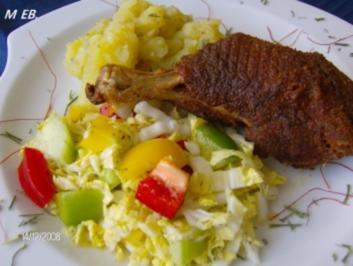 Backhendl - Haxerln mit Salatbeilage - Rezept