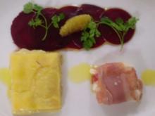 Tartiflette an Ziegenkäse in Knochenschinken auf Rote Bete Carpaccio - Rezept
