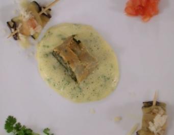 Spinatstrudel u. Auberginen- röllchen mit Mozzarella an - Rezept