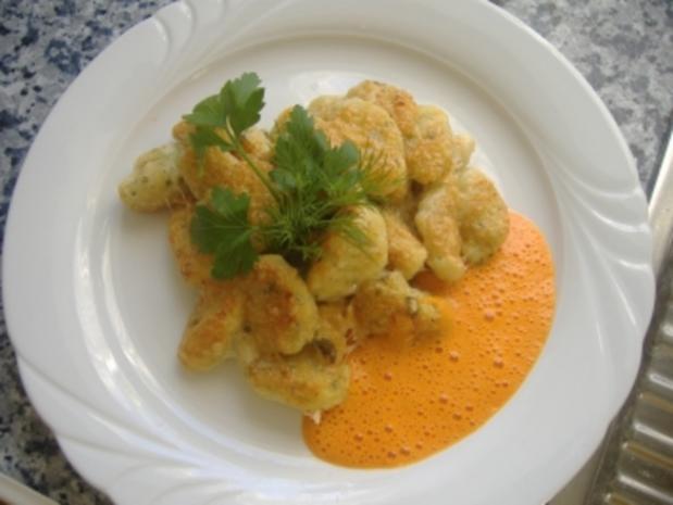 Kräuter-Ricotta-Gnocchi goldbraun überbacken mit Paprikacreme - Rezept