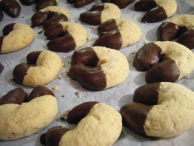 Plätzchen: Marzipan Kipferl - Rezept