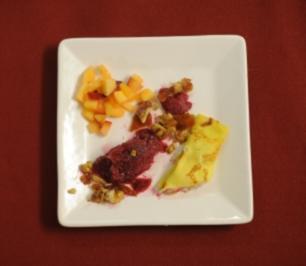 Herrnburger Überraschungsteller – Traubensorbet, Crêpes und Obstsalat (Sandra Völker) - Rezept