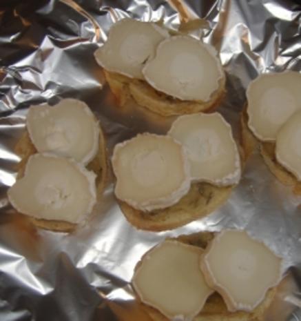 Tapa Montadito mit Ziegenkäse und Apfelsalat überbacken - Rezept - Bild Nr. 2